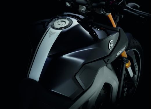 Yamaha MT-09 - Foto 10 di 16