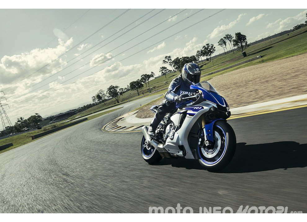 Yamaha R1 m.y. 2016 e la R1M nuovamente disponibile - Foto 18 di 31