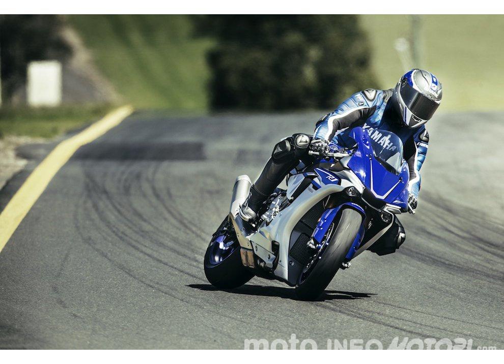 Yamaha R1 m.y. 2016 e la R1M nuovamente disponibile - Foto 4 di 31