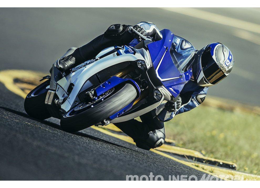 Yamaha R1 m.y. 2016 e la R1M nuovamente disponibile - Foto 17 di 31