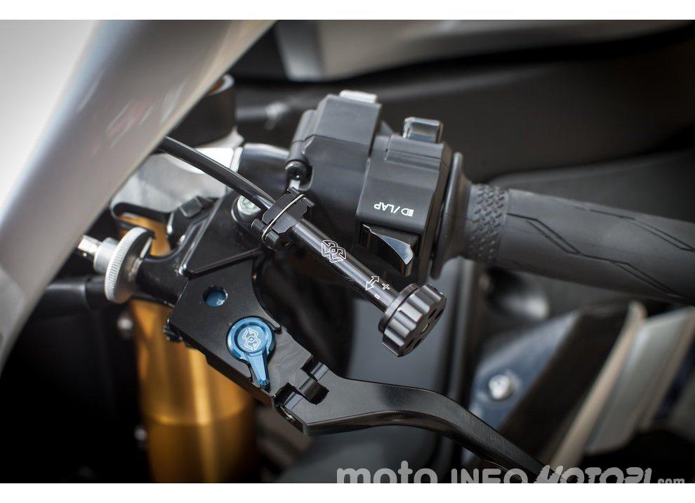 Yamaha R1 m.y. 2016 e la R1M nuovamente disponibile - Foto 8 di 31