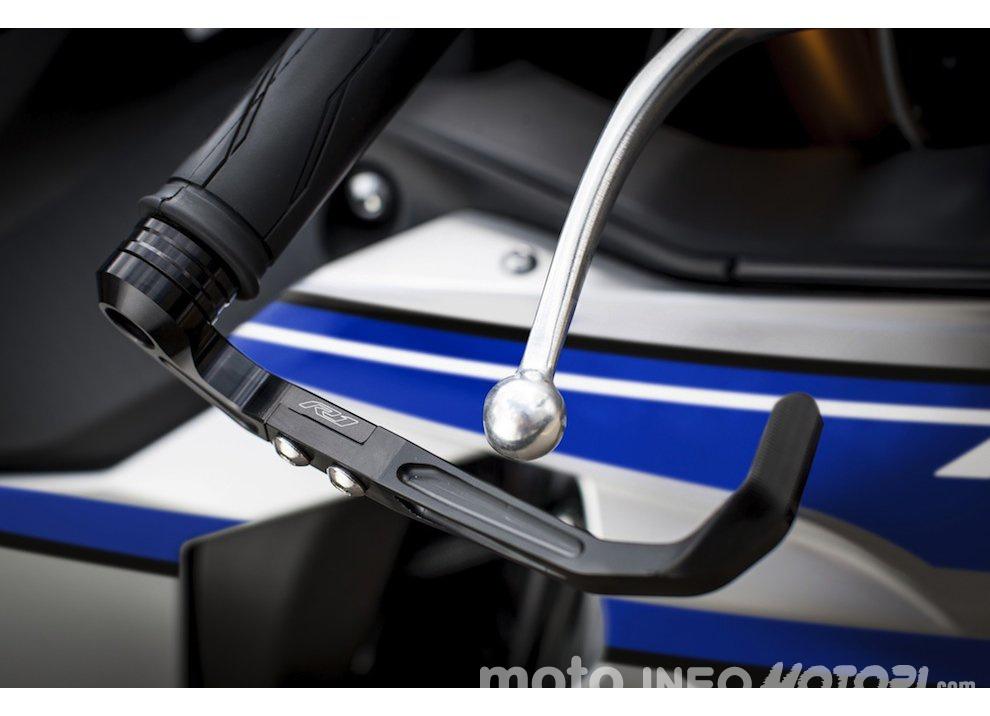 Yamaha R1 m.y. 2016 e la R1M nuovamente disponibile - Foto 19 di 31