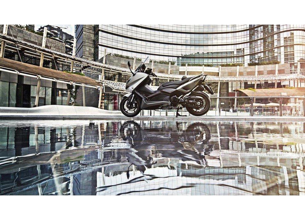 Yamaha T-Max 2015 - Foto 2 di 20