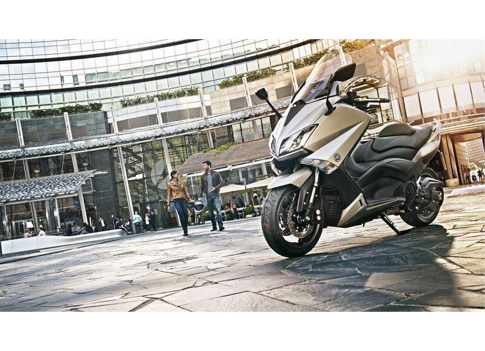 Yamaha T-Max 2015 - Foto 12 di 20