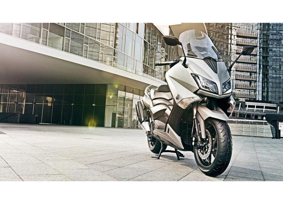Yamaha T-Max 2015