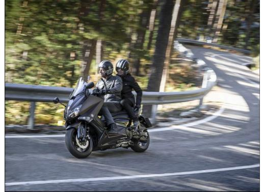 Yamaha T-Max, il maxiscooter Yamaha si conferma tra i leader nelle classifiche di vendita