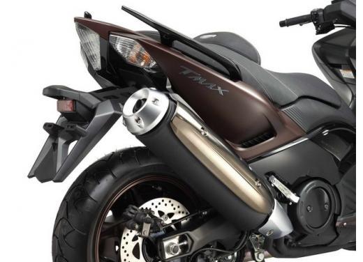 Yamaha T-Max, il maxiscooter Yamaha si conferma tra i leader nelle classifiche di vendita - Foto 7 di 10