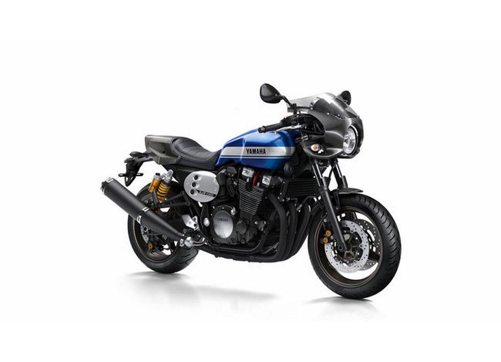 Yamaha XJR 1300 e XJR 1300 Racer 2015 - Foto 4 di 10