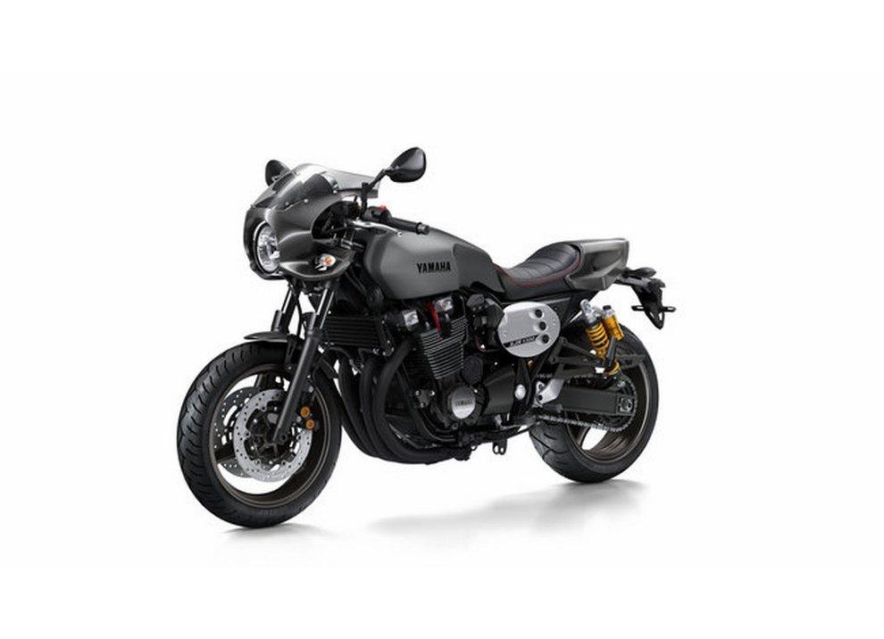 Yamaha XJR 1300 e XJR 1300 Racer 2015 - Foto 5 di 10