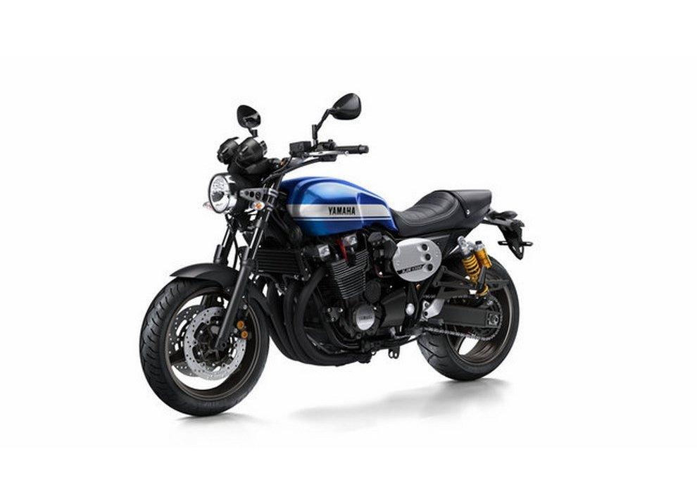 Yamaha XJR 1300 e XJR 1300 Racer 2015 - Foto 10 di 10