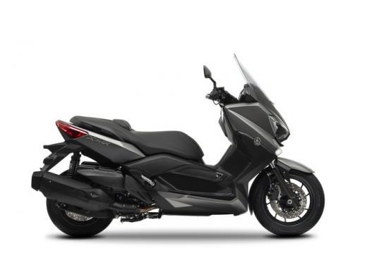 Yamaha X-Max 400, disponibile da maggio al prezzo di 5.990 euro