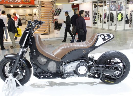 Yamaha T-Max Hyper Modified by Roland Sands - Foto 2 di 11