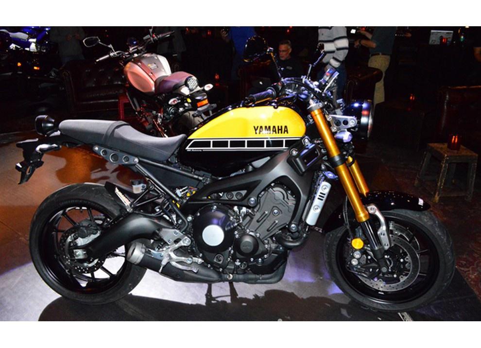 Una Yamaha per Rossi: ma questa volta si tratta di Vasco - Foto 3 di 4