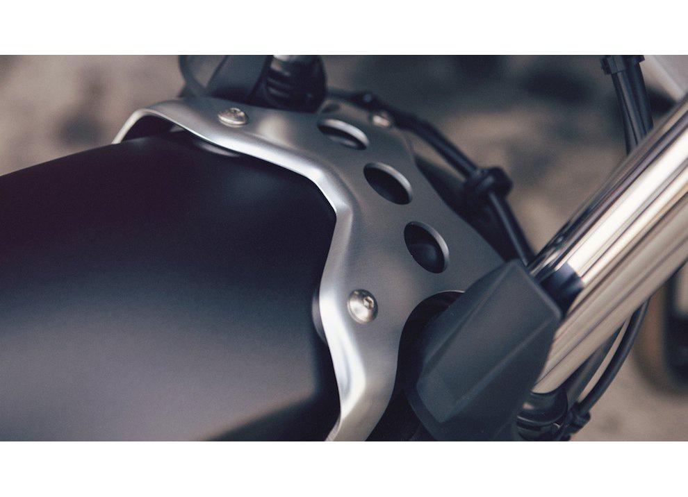 Yamaha XSR700 2016, I tre diapason sfidano Ducati - Foto 7 di 36