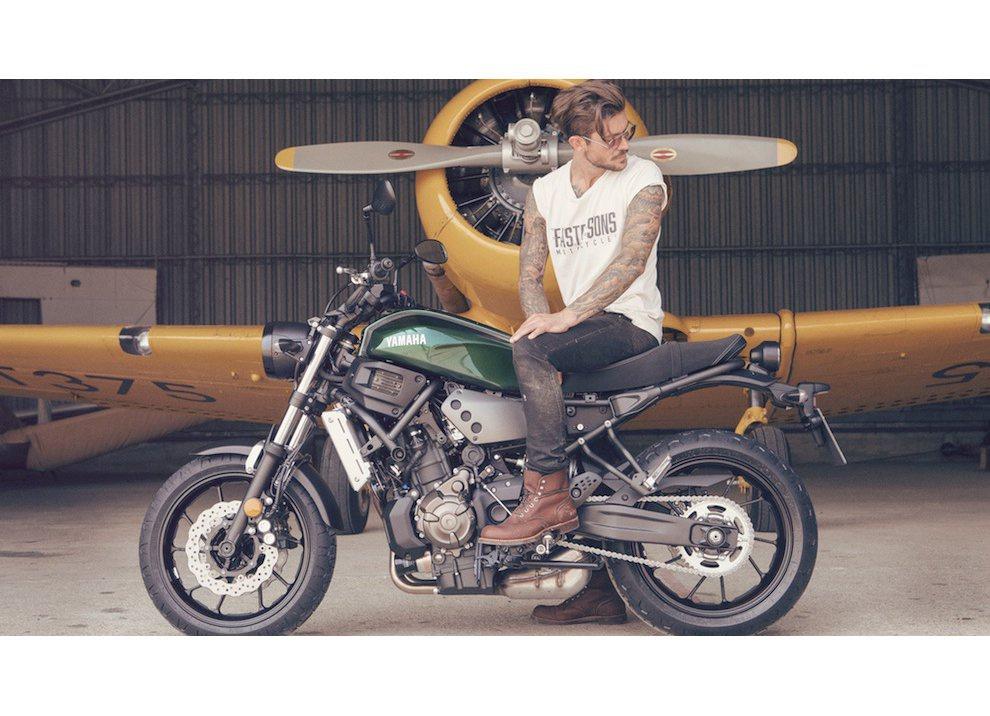 Yamaha XSR700 2016, I tre diapason sfidano Ducati - Foto 19 di 36