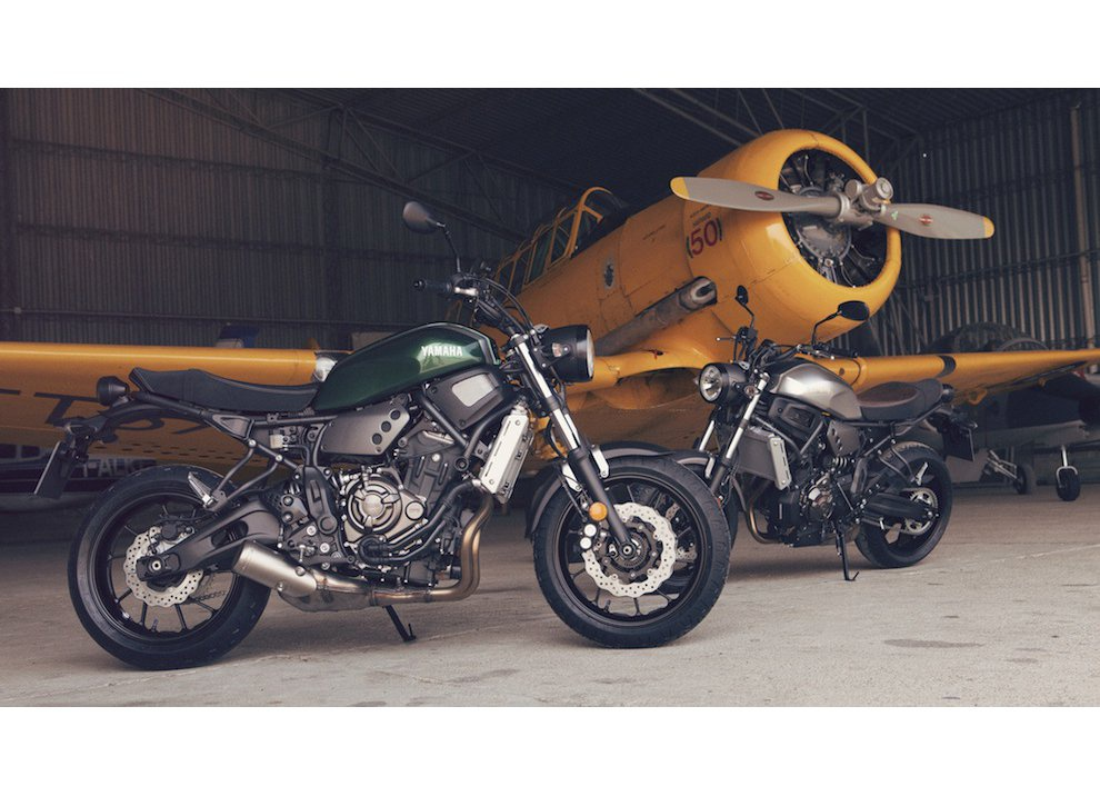 Yamaha XSR700 2016, I tre diapason sfidano Ducati - Foto 1 di 36