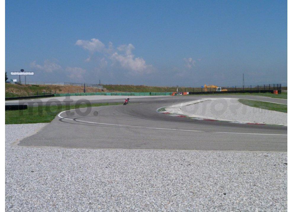 Yamaha YZF R1 2015: Test Ride in pista con Luca Pedersoli - Foto 43 di 51