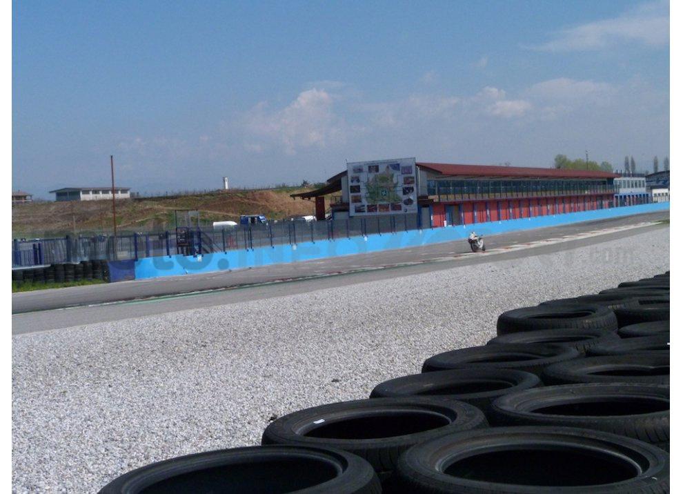 Yamaha YZF R1 2015: Test Ride in pista con Luca Pedersoli - Foto 44 di 51