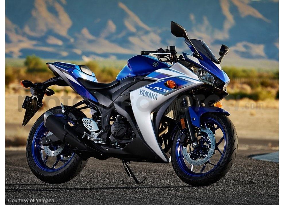 Yamaha YZF-R3, tra strada e pista con l'A2
