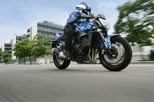 Yamaha FZ1 - Foto 4 di 14
