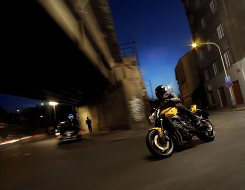 Yamaha FZ1 - Foto 5 di 14