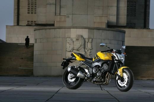 Yamaha FZ1 - Foto 9 di 14