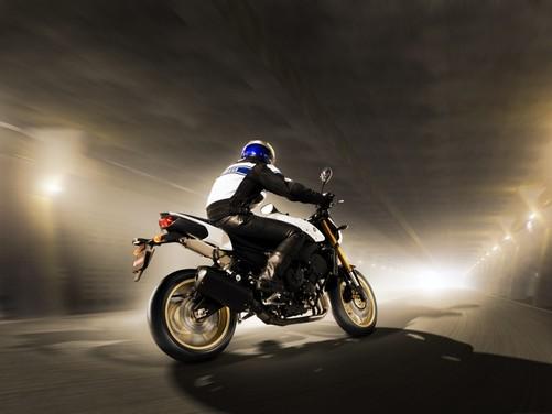 Yamaha FZ8 2010 - Foto 8 di 14