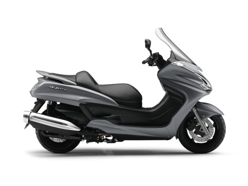 Yamaha Majesty 400, scooter da turismo secondo Yamaha - Foto 7 di 10