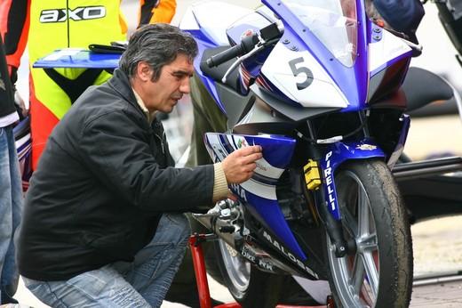 Yamaha R 125 Cup 2010 - Foto 4 di 28