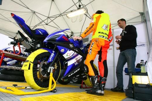 Yamaha R 125 Cup 2010 - Foto 15 di 28