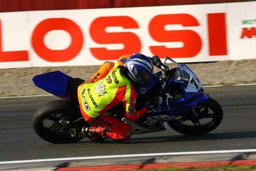 Partita la Yamaha R125 Cup 2010 - Foto 14 di 31