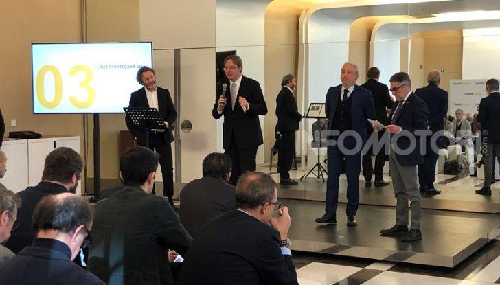 Renault, un ottimo 2018 con quota mercato del 9,9% - Foto 1 di 6