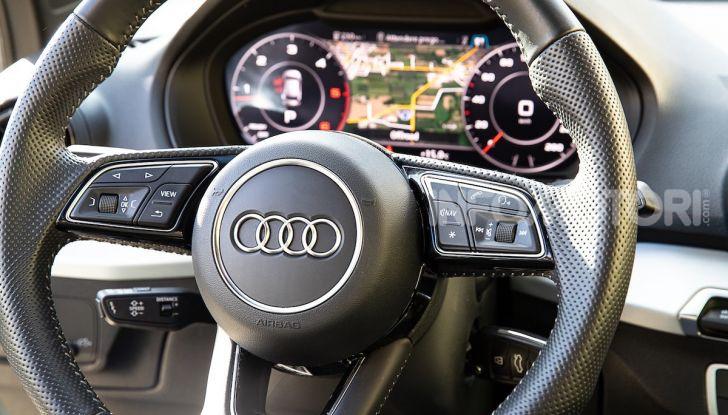 Audi Q2 1.6 TDI S Tronic Sport: prova su strada del crossover premium - Foto 17 di 42
