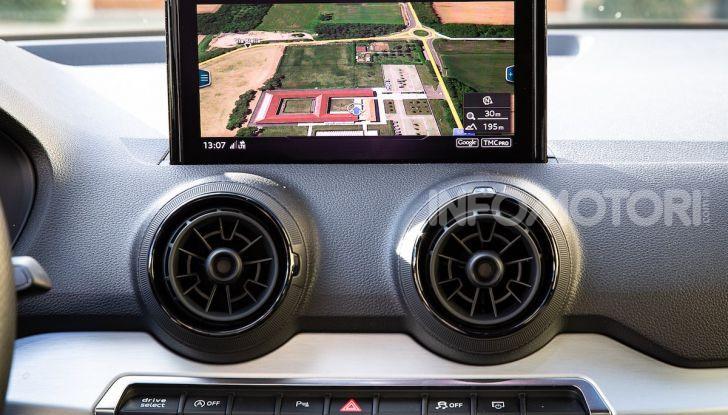 Audi Q2 1.6 TDI S Tronic Sport: prova su strada del crossover premium - Foto 18 di 42