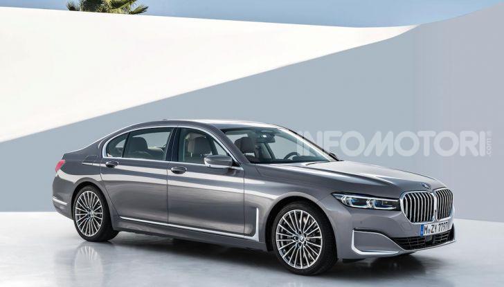 Nuova BMW Serie 7 2019: un restyling imperioso per l'ammiraglia tedesca - Foto 19 di 21