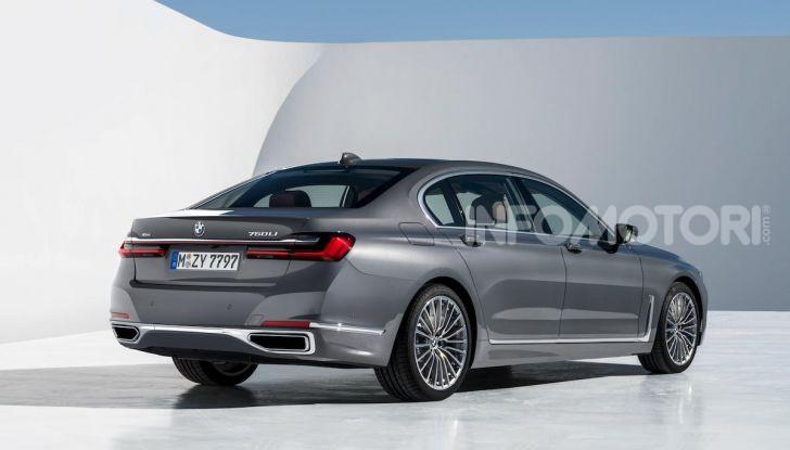 Nuova BMW Serie 7 2019: un restyling imperioso per l'ammiraglia tedesca - Foto 9 di 21