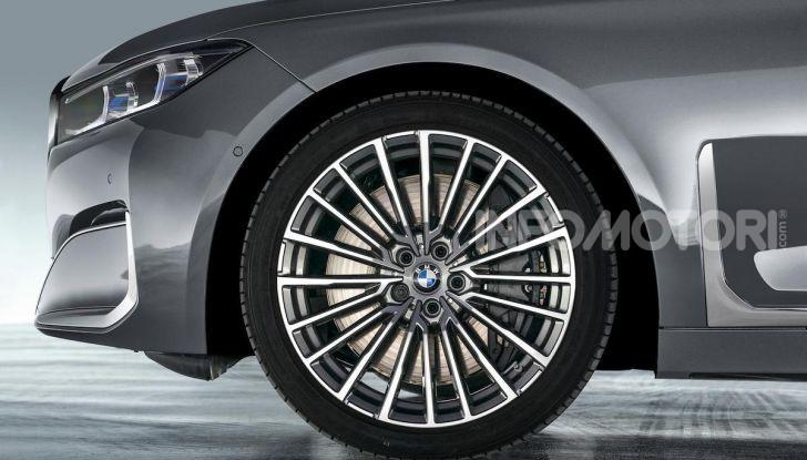 Nuova BMW Serie 7 2019: un restyling imperioso per l'ammiraglia tedesca - Foto 21 di 21