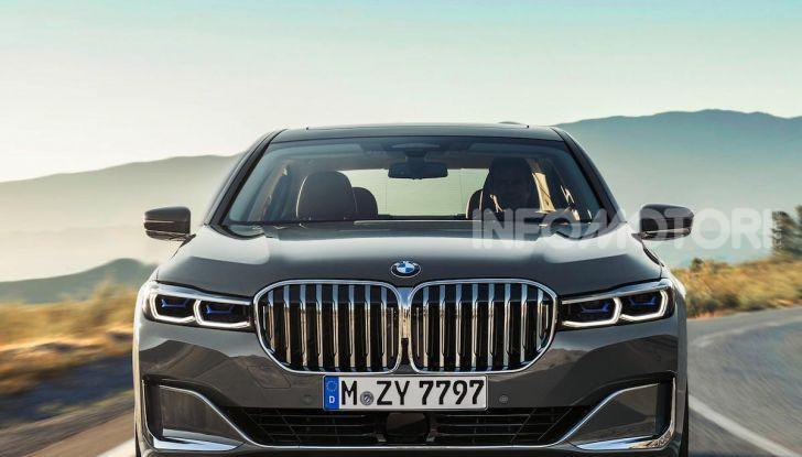 Nuova BMW Serie 7 2019: un restyling imperioso per l'ammiraglia tedesca - Foto 4 di 21