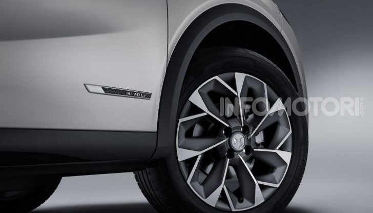DS 3 Crossback 2019, il SUV di lusso urbano anche elettrico - Foto 27 di 29