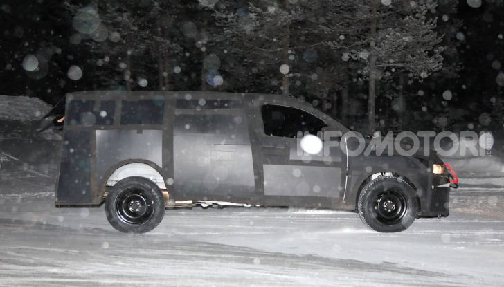 Nuovo pick-up Fiat, mix tra Mobi e Toro - Foto 10 di 11