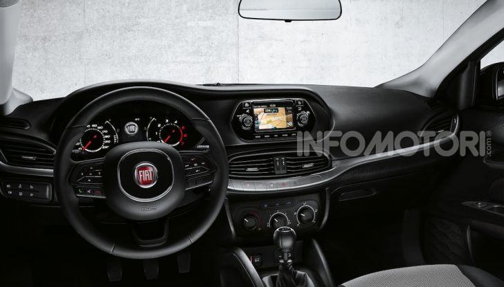 Fiat Tipo: nel 2021 arriva la versione Cross - Foto 16 di 18