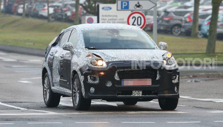 Il nuovo SUV di Ford su base Fiesta per il 2020 - Foto 2 di 16