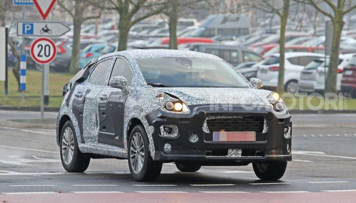 Il nuovo SUV di Ford su base Fiesta per il 2020 - Foto 5 di 16