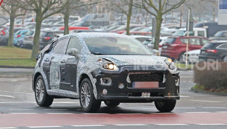 Il nuovo SUV di Ford su base Fiesta per il 2020 - Foto 1 di 16
