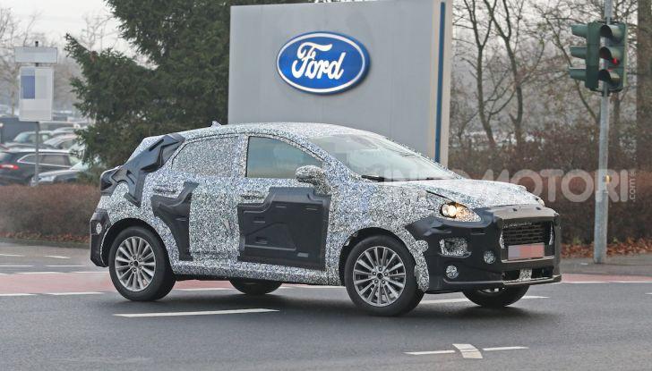 Il nuovo SUV di Ford su base Fiesta per il 2020 - Foto 8 di 16