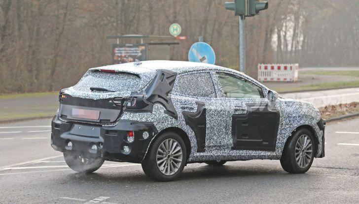 Il nuovo SUV di Ford su base Fiesta per il 2020 - Foto 12 di 16