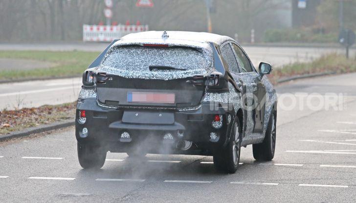 Il nuovo SUV di Ford su base Fiesta per il 2020 - Foto 15 di 16