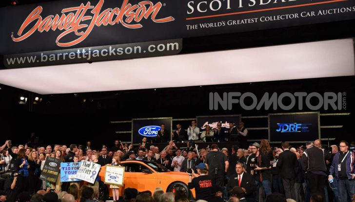Ford Mustang Shelby GT500, l'esemplare n°1 venduto a $1,1 milioni - Foto 4 di 6