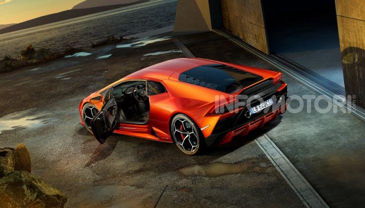 Lamborghini Huracán Evo - Foto 4 di 16