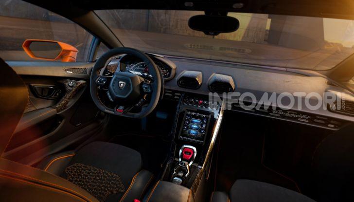 Lamborghini Huracán Evo - Foto 13 di 16